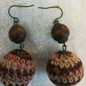 Earrings Crocheted with brown bead